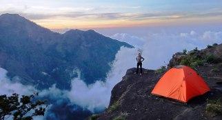 Plawangan Sembalun crater rim altitude 2639 meters Mount Rinjani