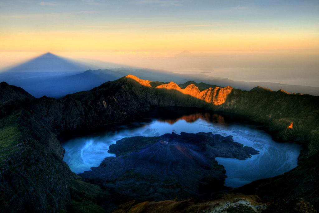 Mount Rinjani Summit 3726 meter