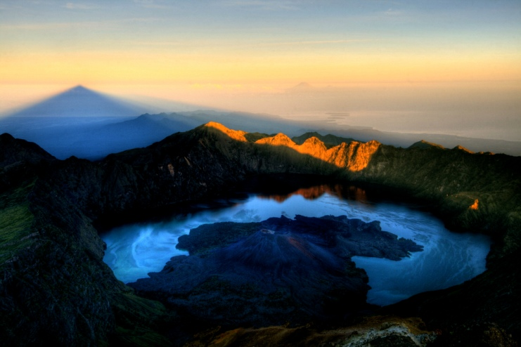 Mount Rinjani Summit 3726 meter