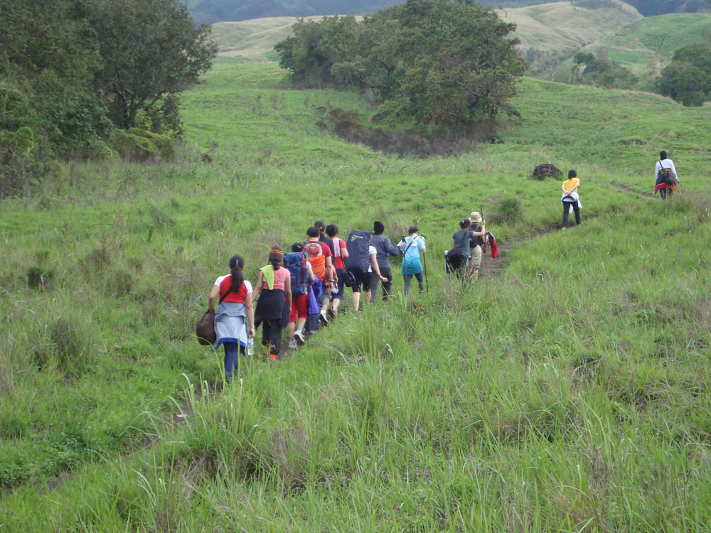 Climbing mount Rinjani start from Sembalun Lawang