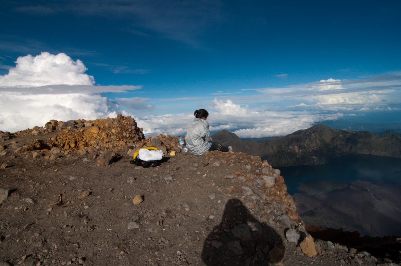 Climbing mount rinjani package lombok island indonesia about us - Hiking Package Mount Rinjani 4 Days 3 Nights