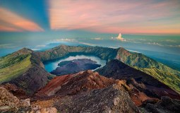 Summit of Mount Rinjani 3726 m - Trekking Rinjani