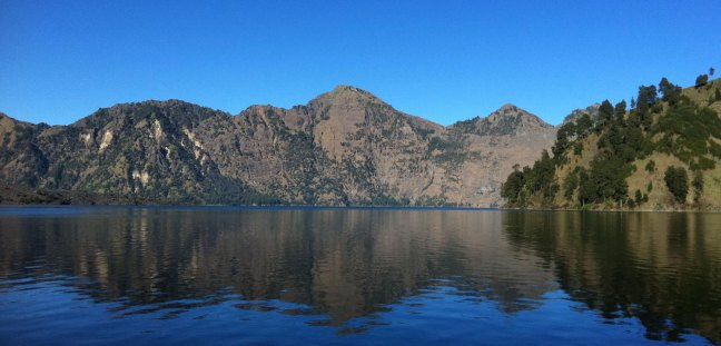 Lake Segara Anak (2,000 m altitude of mount Rinjani)
