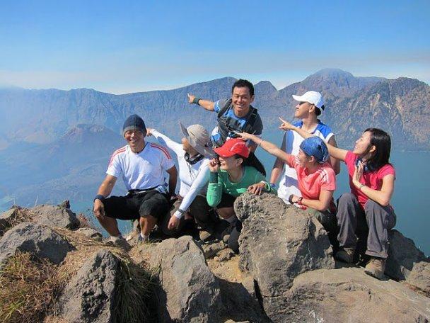 Plawangan Senaru (2,641 meters)
