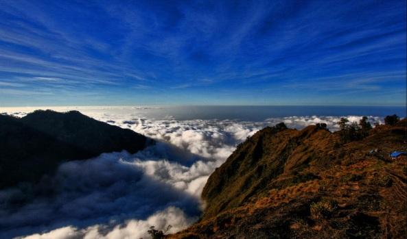 Plawangan Sembalun - Mount Rinjani National Park