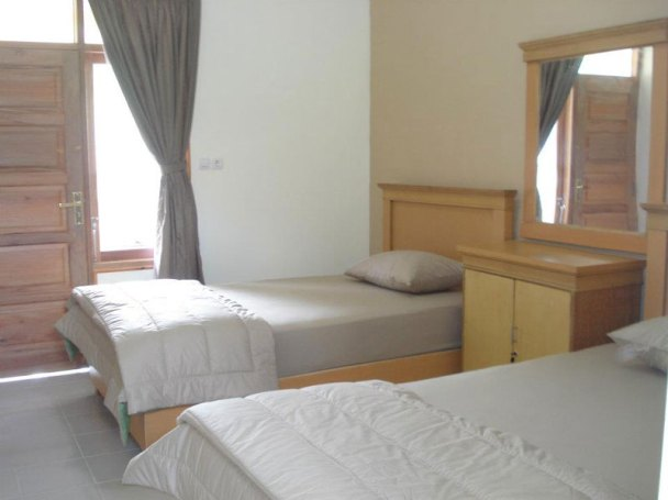 Lembah Rinjani Hotel
