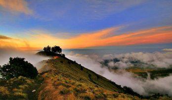 Plawangan Sembalun an altitude 2639m