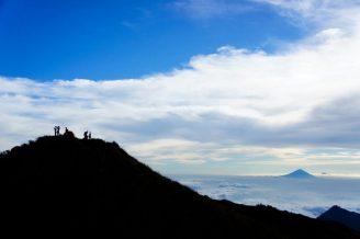 Plawangan Senaru Crater altitude 2641 meters, mount Rinjani