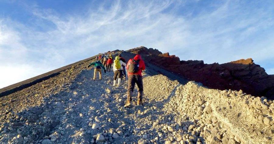 Climbing Summit Mount Rinjani