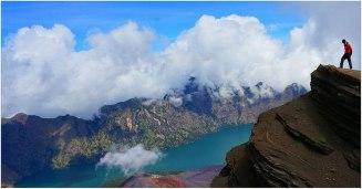 Plawangan Sembalun crater latitude 3000 meters mount Rinjani
