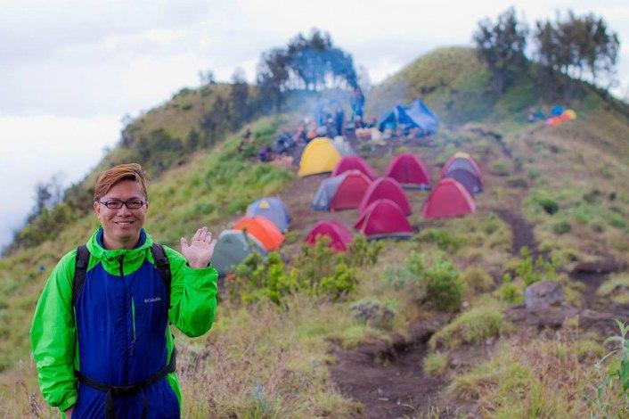 Plawangan Sembalun crater mount Rinjani