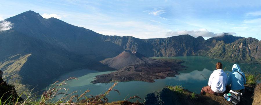 Plawangan Senaru crater rim altitude 2641 meters Mount Rinjani