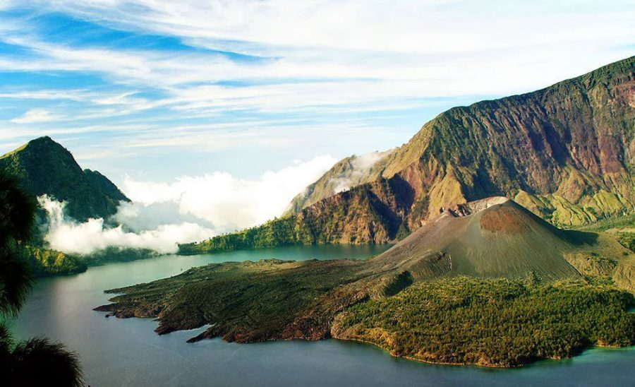 Lake Segara Anak Mount Rinjani altitude 2000 meters