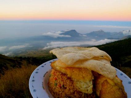 food-nasi-goreng-rinjani1