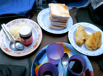 food-toast-rinjani