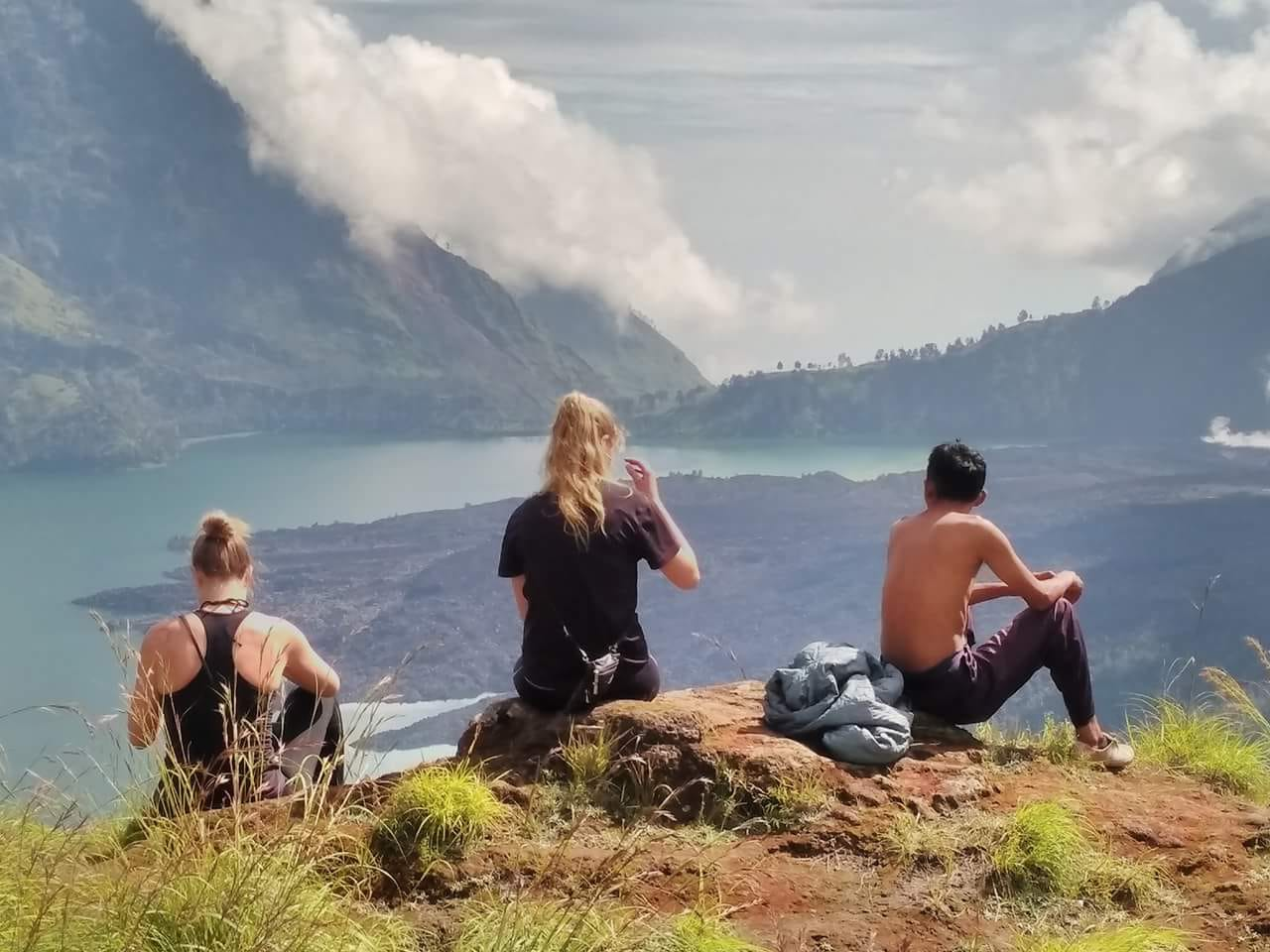 Trekking Mount Rinjani start from Aik Berik
